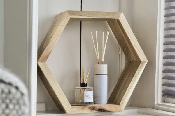 Zeshoekkastje van pallethout